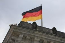 Deutschland Ueberalles