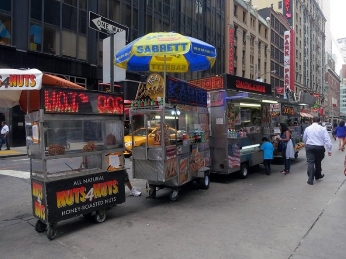Non di solo Hot-Dog vive un Newyorkese